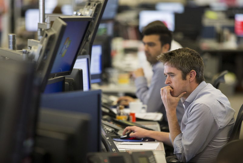 © Reuters.  CANADA STOCKS-TSX futures lower ahead of inflation data
