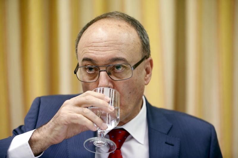 © Reuters.  Gobernador del Banco de España abre las comparecencias sobre los Presupuestos
