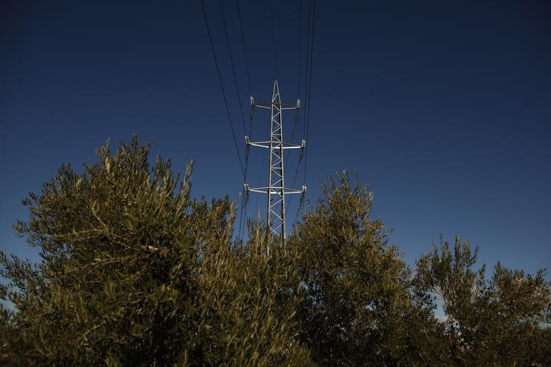 Australia's APA Group widens U.S. acquisition hunt beyond gas to power grid
