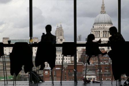 الاقتصاد البريطاني ينكمش، ماذا يعني هذا؟