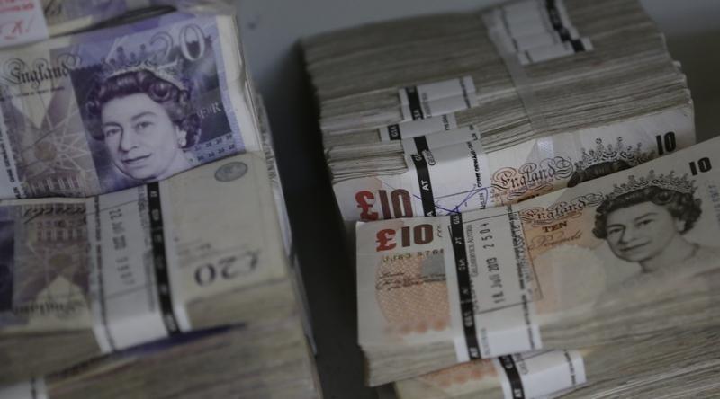 Pound in Bearish Fever as EU Issues U.K. Ultimatum