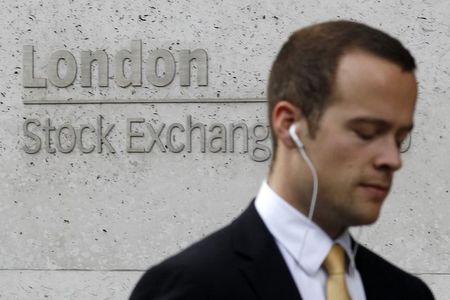 英国股市收低;截至收盘Investing.com 英国 100下跌0.35%