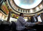 GLOBAL MARKETS-Asia stocks firm, oil hits 5-mth peak on Iran sanctions report