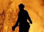 Incêndio florestal ainda queima em Portugal depois de matar 62 pessoas