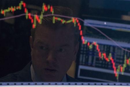 Aktien: Dow Jones, S&P 500 und Nasdaq schwer unter Druck