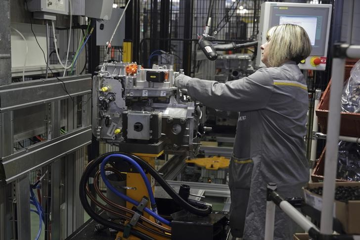 © Reuters.  Empire State manufacturing index drops to 22.6 vs. 22.0 forecast
