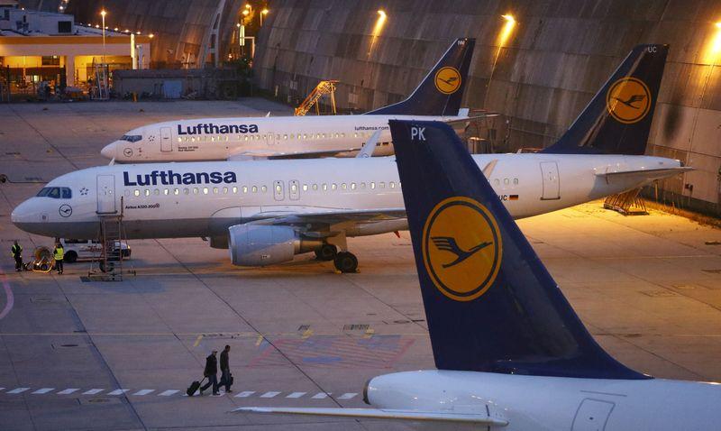 © Reuters.  AKTIE IM FOKUS 2: Trübe Aussichten stoppen Kurserholung der Lufthansa