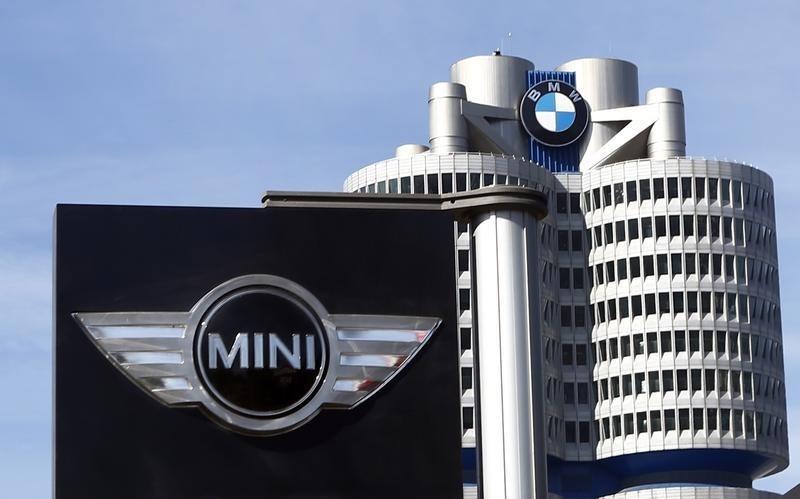 BMW schließt Lithium-Bezugsvertrag für Batterien Von Reuters