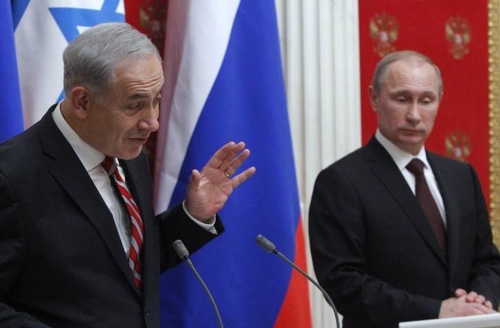 © Reuters.  Netanyahu diz a Putin para remover forças iranianas da Síria e que Israel não ameaçará Assad