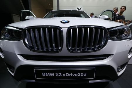 BMW to offer fully electric 5-series in emissions push