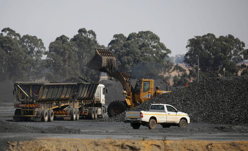 Sustainable investment group UNPRI reviews Liberty Mutual membership over Australian coal mine plan