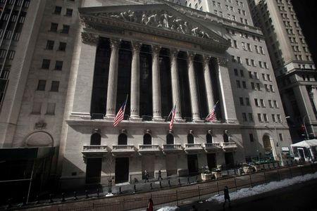 U.S. shares higher at close of trade; Dow Jones Industrial Average up 1.18%