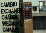 Peso mexicano retrocede tras dos jornadas de ganancias, aguarda presupuesto