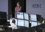 European stocks trade mostly lower ahead of key market events