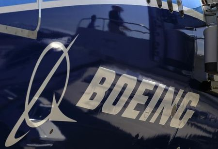 Breaking: Boeing May Cut 787 Dreamliner Production Further – Report