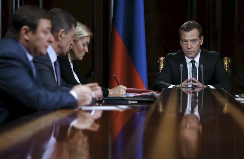 © Reuters.  Правительство РФ в ближайшее время определит объем средств на развитие секторов социальной сферы