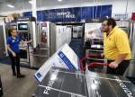 U.S. Consumer Confidence Rises in July