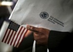 Трамп остановил до конца году выдачу рабочих виз в США