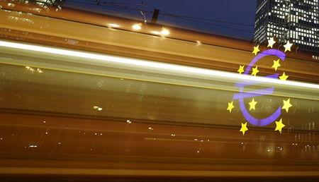 Euro-Area Inflation Hits Three-Month Low on Energy-Price Slump