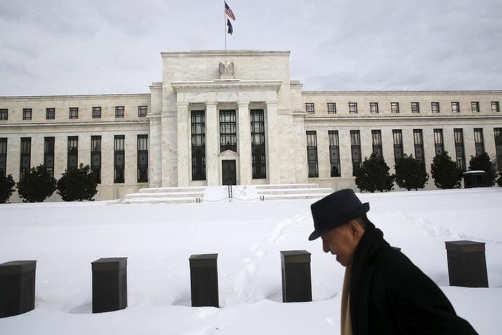 © Reuters.  Fed preoccupata da tensioni politiche in Italia su Manovra