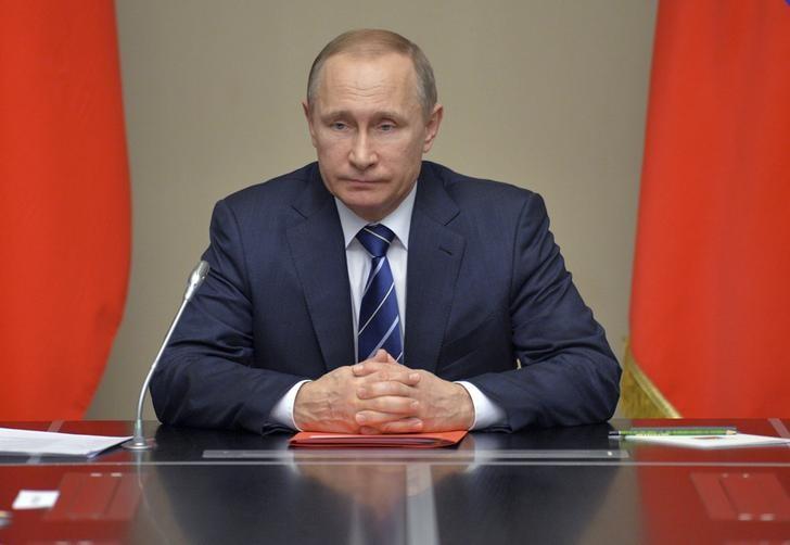 © Reuters.  Путин внес на рассмотрение парламента Ингушетии кандидатуры Богатырева, Евкурова и Евлоева для избрания главы республики