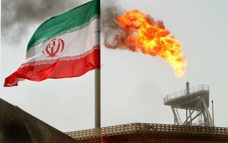 © Reuters. Closing: Trump sucks Iran, oil rises but Petrobras falls; Stable Ibov