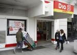 El desplome de DIA ya supera el 30%: Rebaja beneficios y suspende dividendo