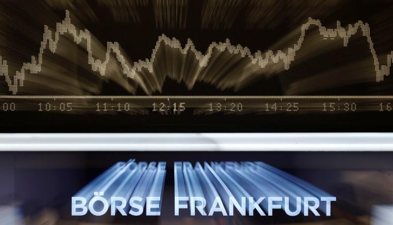 © Reuters.  Allemagne: Les marchés actions finissent en ordre dispersé; l'indice DAX recule de 0,13%