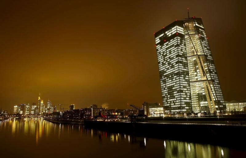 © Reuters.  Bce vede tassi a livelli minimi finché necessario