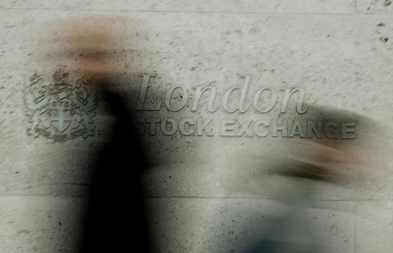 © Reuters.  U.K. stocks higher at close of trade; Investing.com United Kingdom 100 up 1.09%