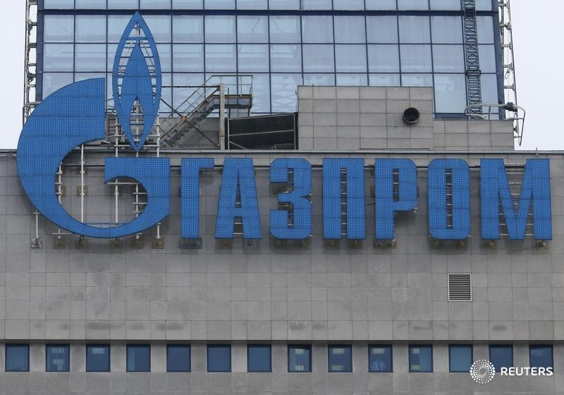 © Reuters.  UPDATE 1-India's GAIL reworks Gazprom LNG deal, raises volume