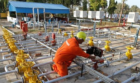 India's ONGC sells Nov Sokol crude at highest premium in 2017 - sources