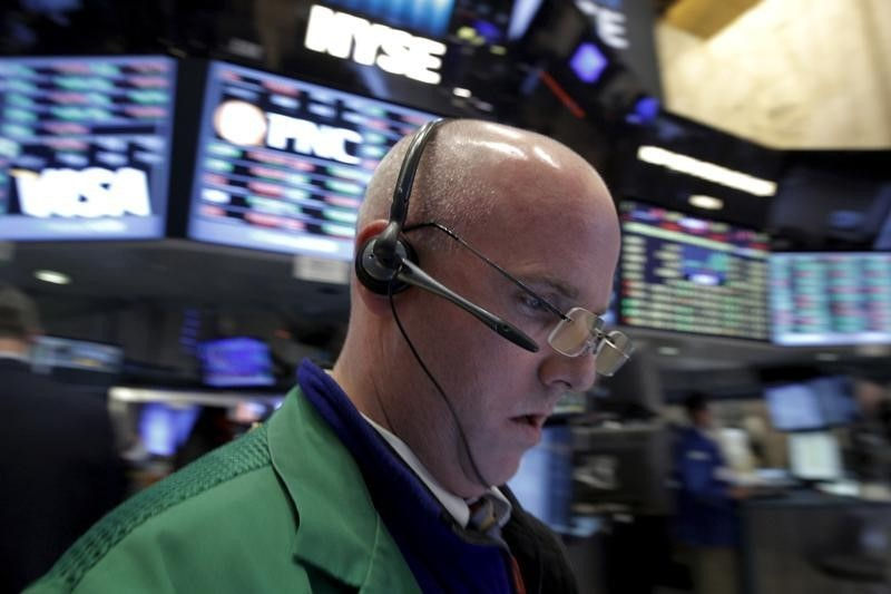 Shares rise after Fed cut, oil prices jump By Reuters