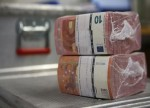 Forex - Euro jumps on ECB tapering signals