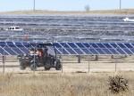 مصدر الإماراتية وثيسبا الإسبانية تتعاونان في الطاقة المتجددة