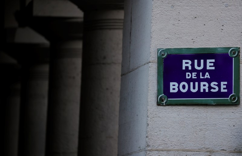 © Reuters.  France stocks higher at close of trade; CAC 40 up 1.34%