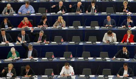 AB Komisyonu: ''Türkiye ile müzakerelerde yeni bir fasıl açılmayacak''