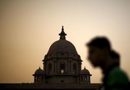 भारत ने अर्थव्यवस्था को बढ़ाने के लिए बुनियादी ढांचे में $ 1.39 ट्रिलियन के निवेश की योजना बनाई है