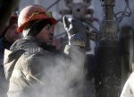 CORRECTED-Oil falls as growing coronavirus cases stoke fuel demand worries