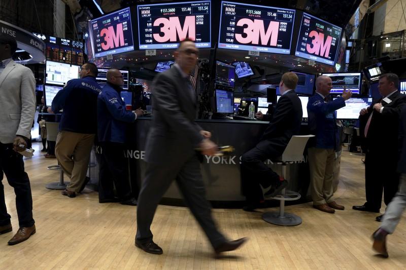 Aktien: Dow auf Tauchstation - miserable 3M Quartalszahlen belasten die Stimmung