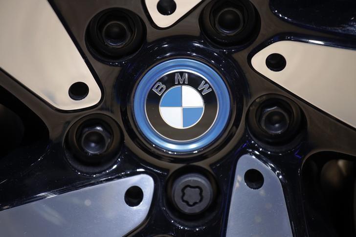 Der BMW-Entwicklungschef schaufelt das Grab seines eigenen Unternehmen