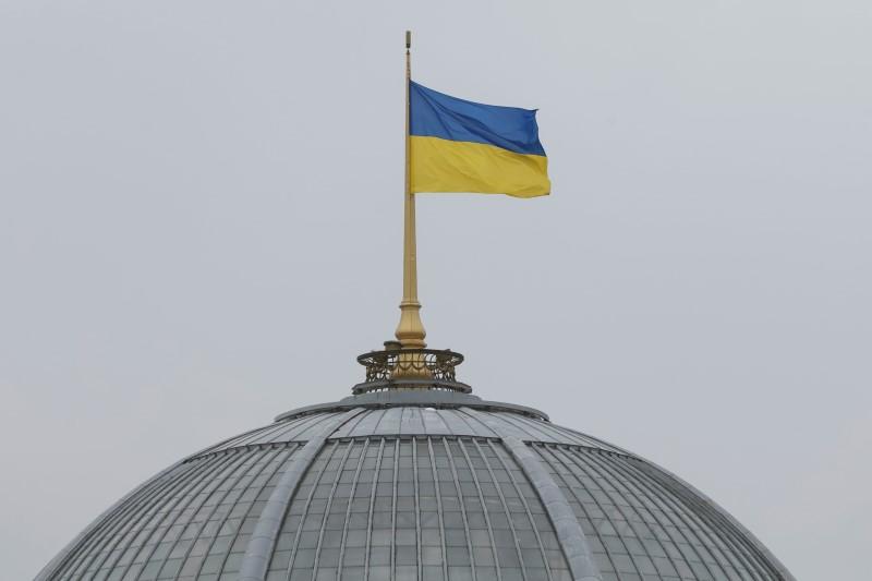 Украина ввела новый локдаун, закрыв школы и рестораны