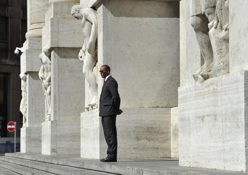 © Reuters.  Italie: Les marchés actions finissent en baisse; l'indice Investing.com Italie 40 recule de 1,37%