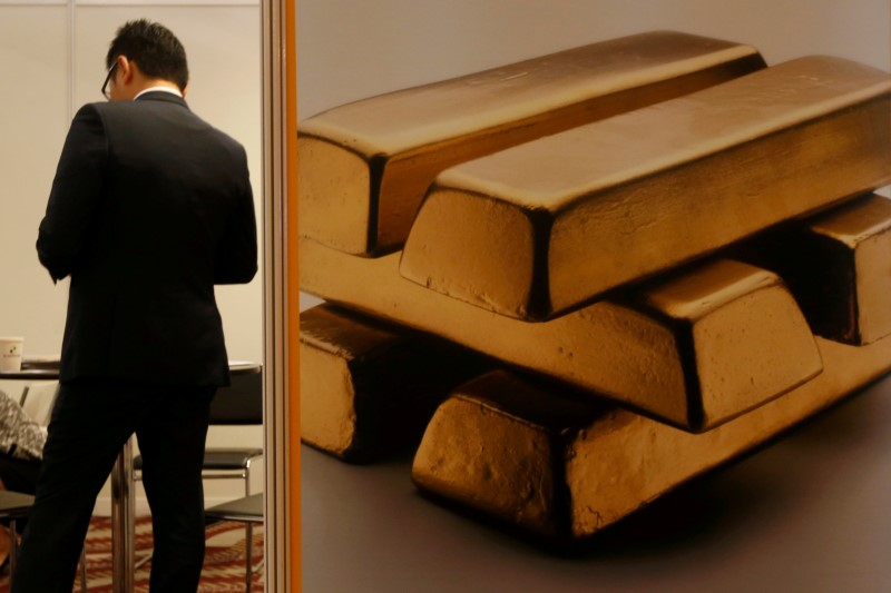 PRECIOUS-Gold rises on waning trade deal hopes and dip in equities, do
