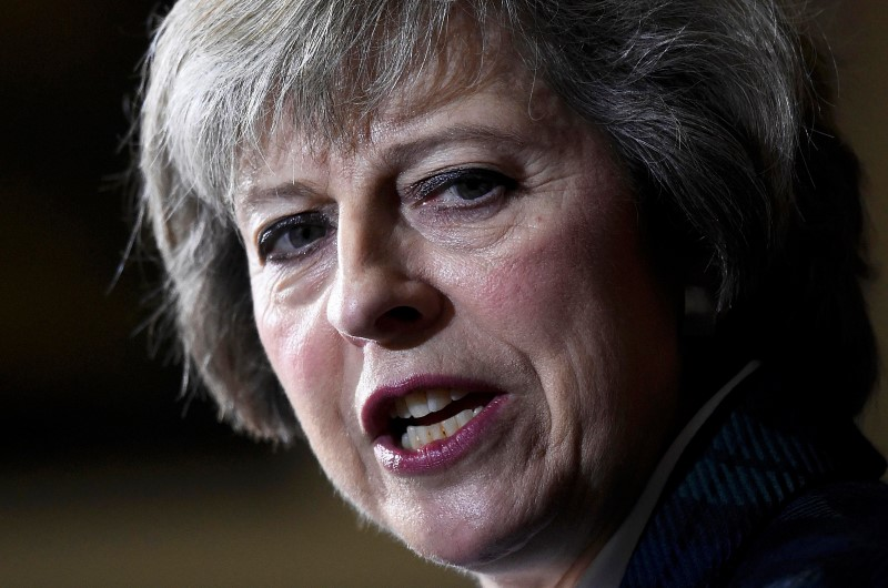 © Reuters.  Theresa May Plans to Put Brexit Law to U.K. Parliament in Early June