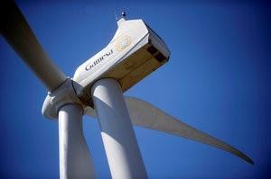 © Reuters. General Electric Falls 3%