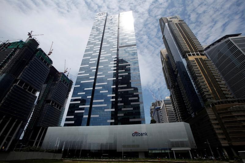 Singapore Keeps Building Until the Buyers Come By Bloomberg