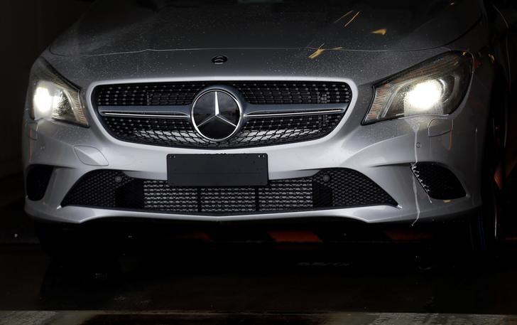 Daimler kauft Batterien für E-Laster bei chinesischer CATL ein Von Reu