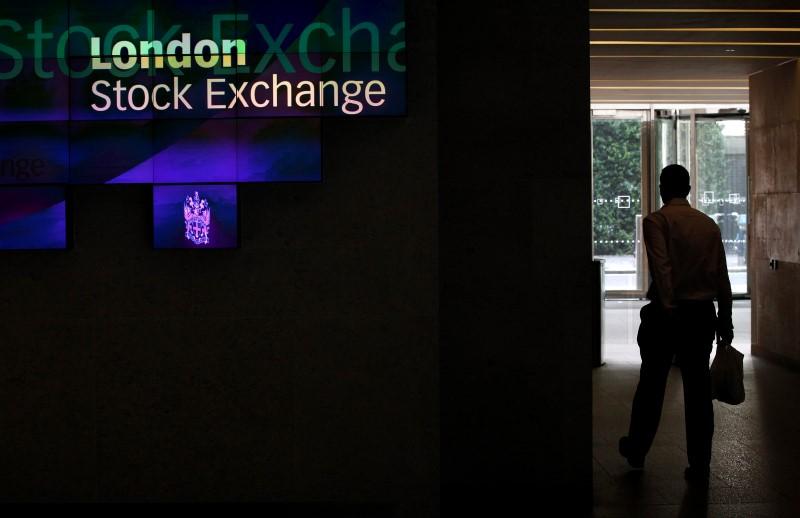 © Reuters.  U.K. stocks higher at close of trade; Investing.com United Kingdom 100 up 0.86%