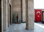 ROUNDUP: Türkei verhängt Sanktionen gegen Produkte aus den USA